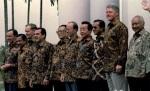 presiden USA dan Presiden RI pakai batik Indonesia diweb anastasia